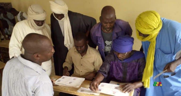 cartes électeur négliger Electeurs délégués bureau de vote liste bamako Mali Benbere Mali