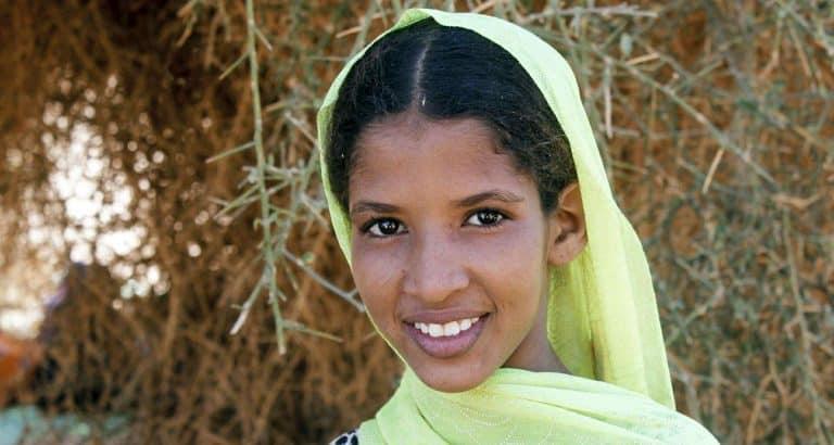 femme Keltamasheq filles enfants benbere