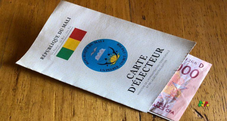 fraude nuls Carte_d_electeur_argent_Bamako_Mali