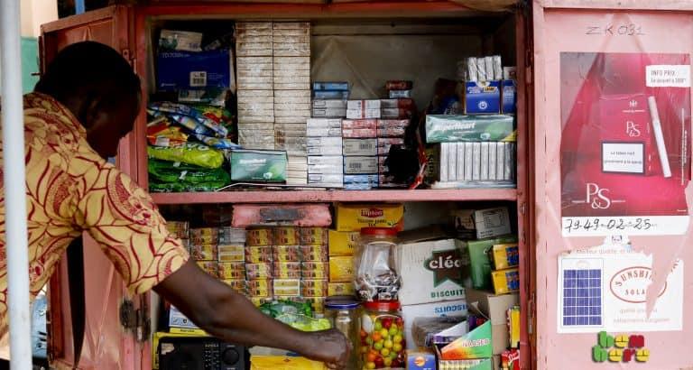 Sinankuya diallo fané boutique vendeur articles Bamako Mali Benbere