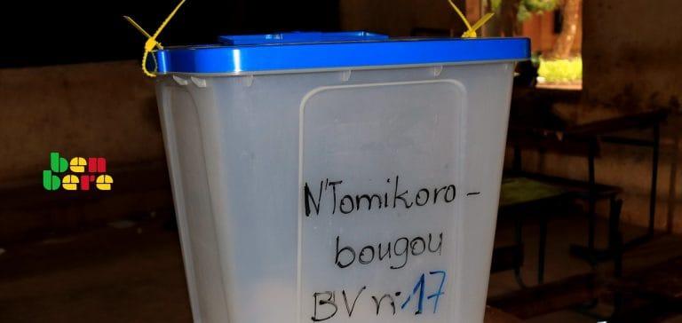 vote electronique solution Urne_bureau_de_vote_centre_Bamako_Mali