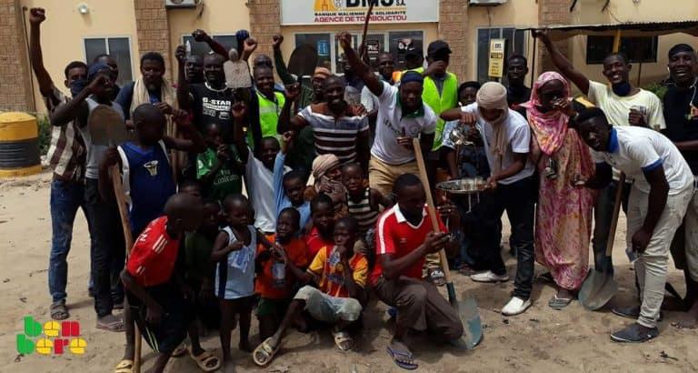 assainir tombouctou responsabilite collective Jeunes_salubrite_ outils_Tombouctou_Mali