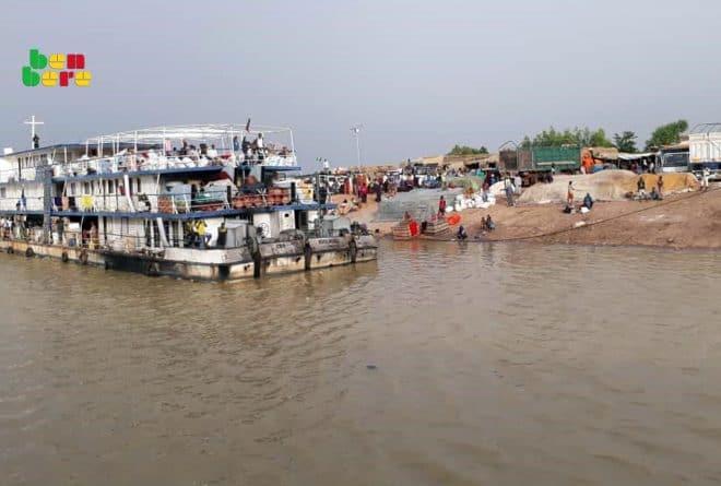 Octobre tragique sur le fleuve Niger