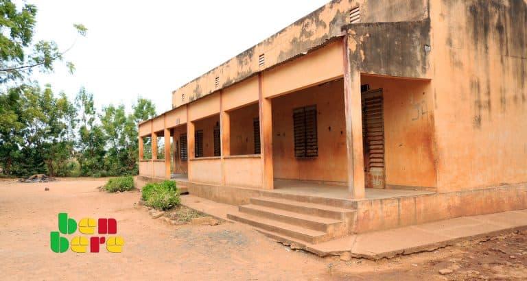 fermeture ecoles maliennes terroriste