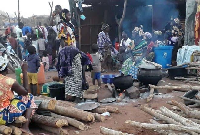 Mali : à la rencontre des déplacés de Bankass aux portes de Bamako