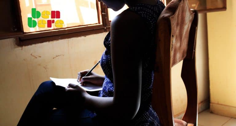 jeune fille descolarisee lettre