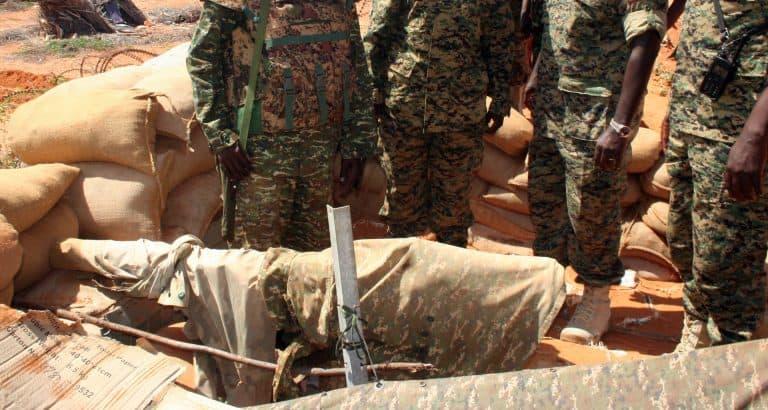 femme soldat malien dioura