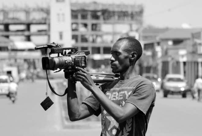 « Née au nom de la démocratie, la presse malienne peine à se consolider »