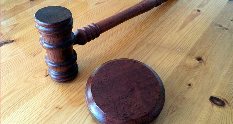 tribunaux mari marteau enclume