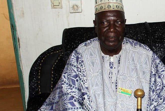 Au Mali, des boubous traditionnels qui couvrent des crimes