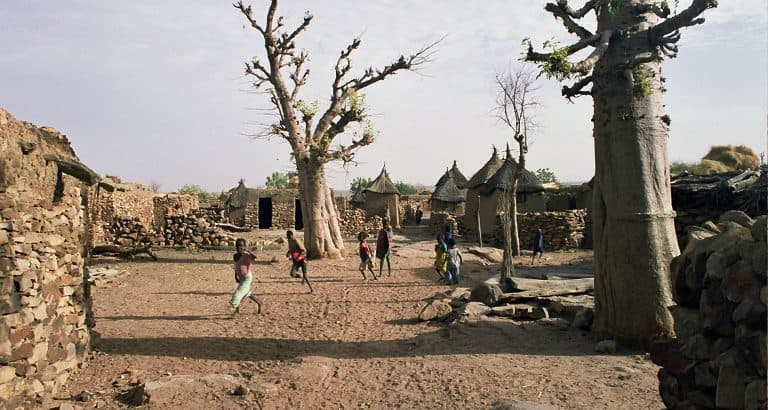 Mopti : Loi des djihadistes, silence des griots