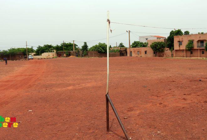 #LaissezNousJouer : Bamako, un terrain de sport récupéré au prix d'affrontements