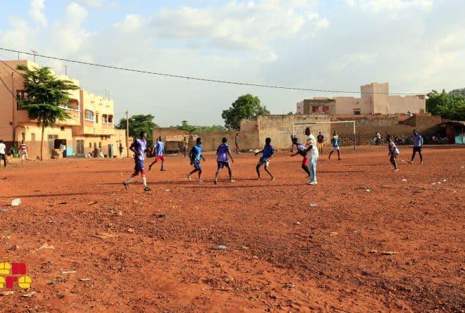 #LaissezNousJouer : à Kalaban-coro, le match sans espoir des jeunes pour leur terrain
