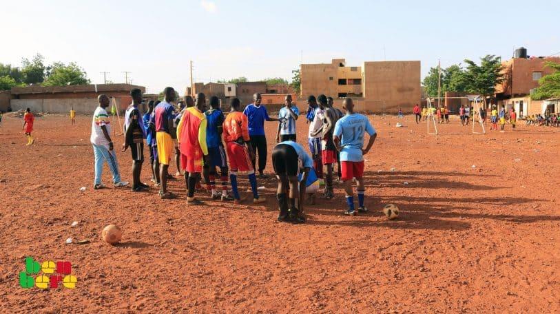 #LaissezNousJouer : à Sikoro, duel sans merci autour d'un terrain de sport