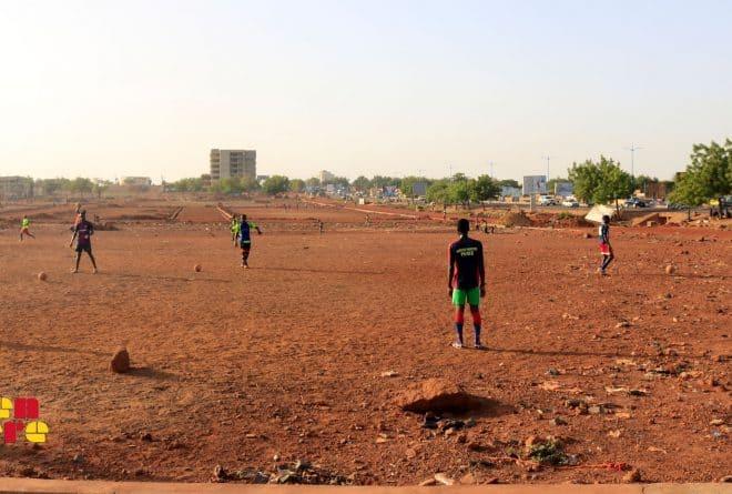 #LaissezNousJouer : terrains de sport, espaces en voie de disparition