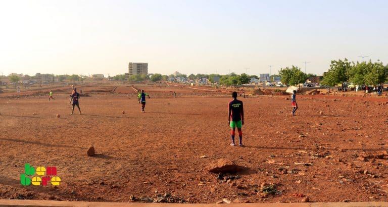 #LaisserNousJouer : terrains de sport, espaces en voie de disparition