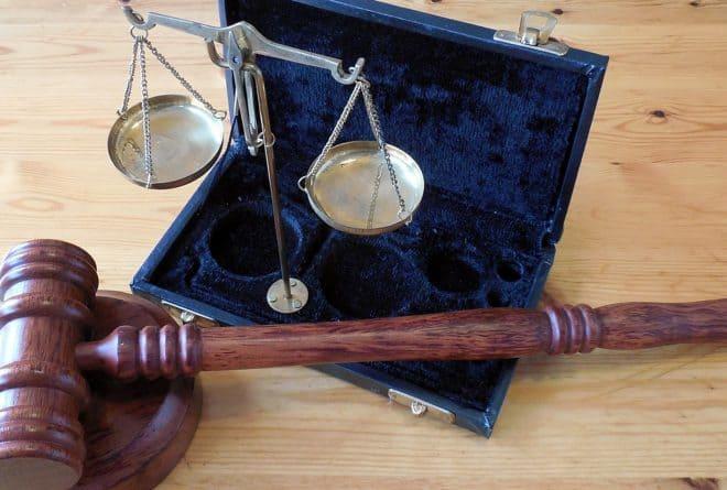 Vindicte populaire: faut-il laisser chacun se rendre justice?
