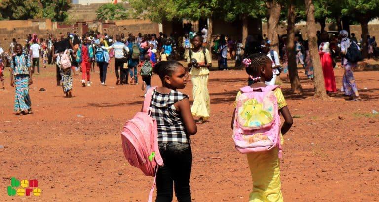 Livre. : La fabrique sociale ou l'école aux parents d'élèves