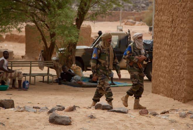 HUMEUR : Nos militaires tués au front méritent mieux que l'anonymat