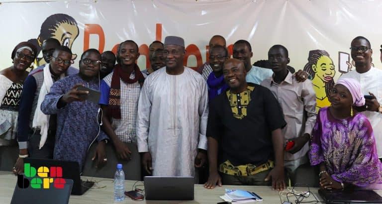 Visite du ministre de la communication aux blogueurs : la loi sur la cybercriminalité au cœur des échanges