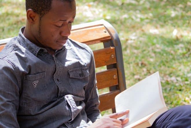Livre : pourquoi relire « Les crapauds-brousse » de Tierno Monénembo
