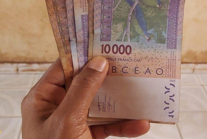 [HUMEUR] Sauvons la démocratie malienne : « Gardez votre argent, nous voulons le changement ! »