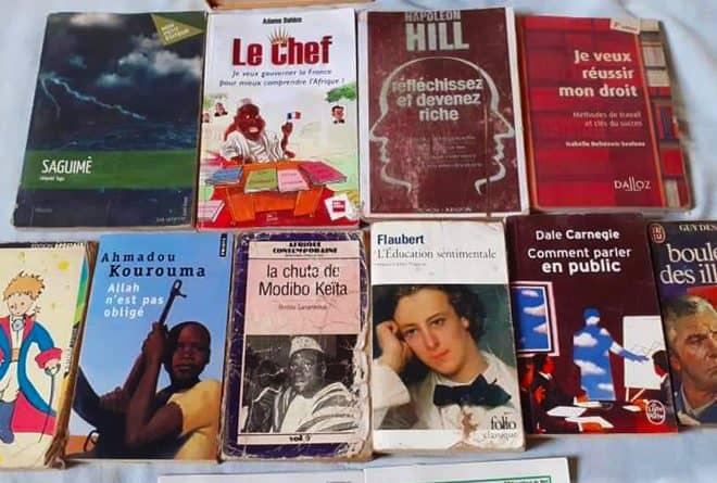 « Dix jours, dix livres » : le défi que se lancent des internautes maliens