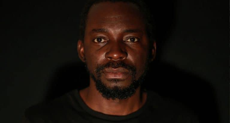 John Kalapo, photographe malien, confiné dans une galerie française