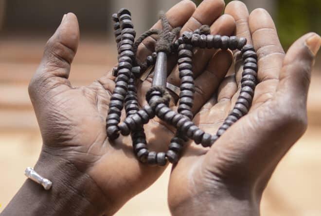 HUMEUR : « Ce qu'il faut, en plus des prières, c'est un sursaut collectif »