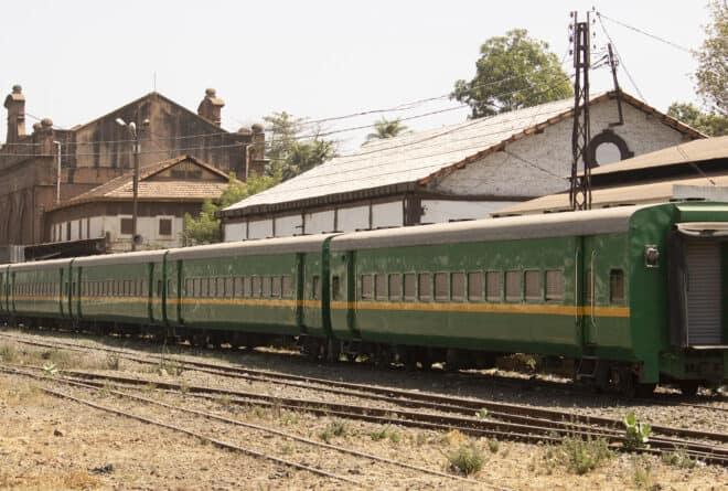 À Kayes, le long soupir de la gare ferroviaire fantôme