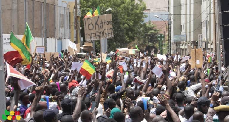 Revue de presse : dialogue de sourds entre IBK et les contestataires