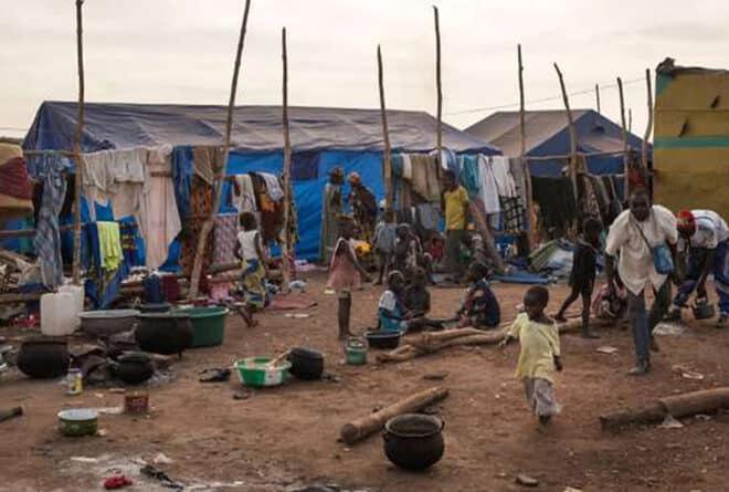 Camps de déplacés : à Bamako, des femmes à la merci des prédateurs sexuels