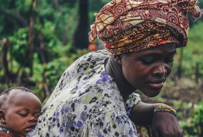 #EllesFontFace : les femmes croulent sous le poids des tâches