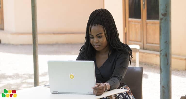 #EllesFontFace : dans les médias, les femmes en état d'alerte