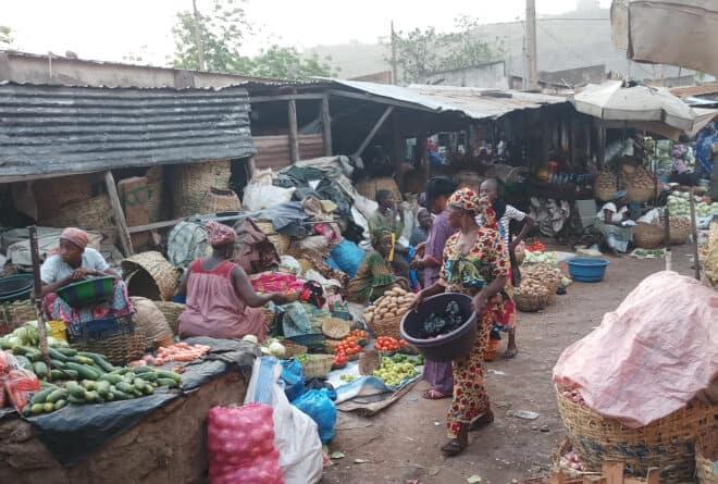 À Bamako, nettoyer les écuries d'Augias du marché de Banankabougou