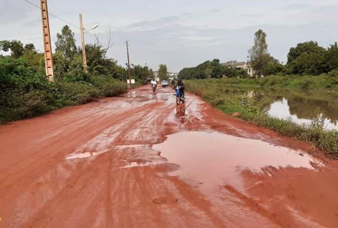 À l'est de Bamako, l'impraticable route de Sabalibougou kourani