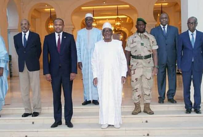 Mali : le gouvernement restreint n'annonce pas la couleur pour l'union nationale