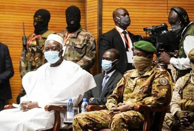 Transition malienne : politisation de l'armée ou militarisation du politique ?