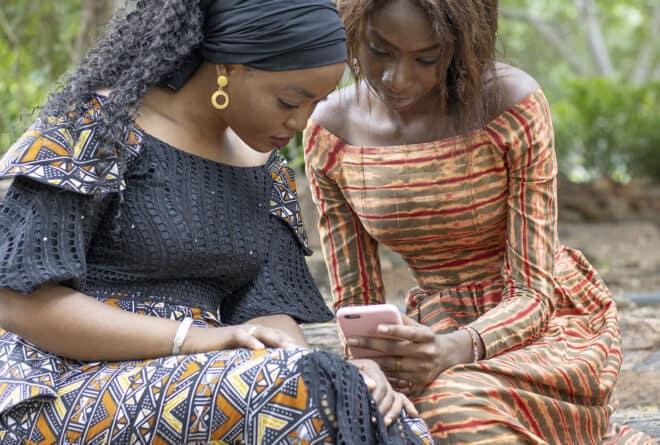 Mali : un rapport alerte sur l'addiction aux réseaux sociaux