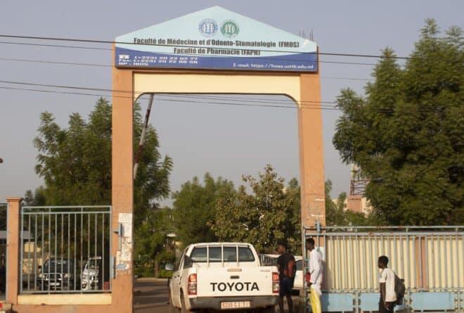 Études de médecine au Mali : un parcours semé d'embuches