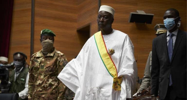 Mali : un coup d'État dans le coup d'État ?