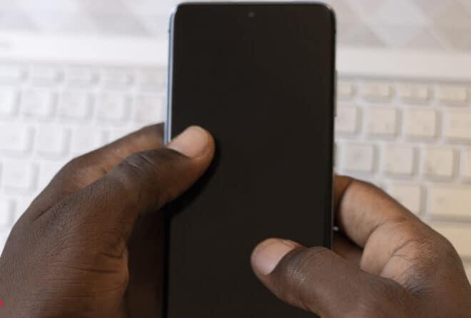 Éducation sexuelle : le pari du numérique au Mali